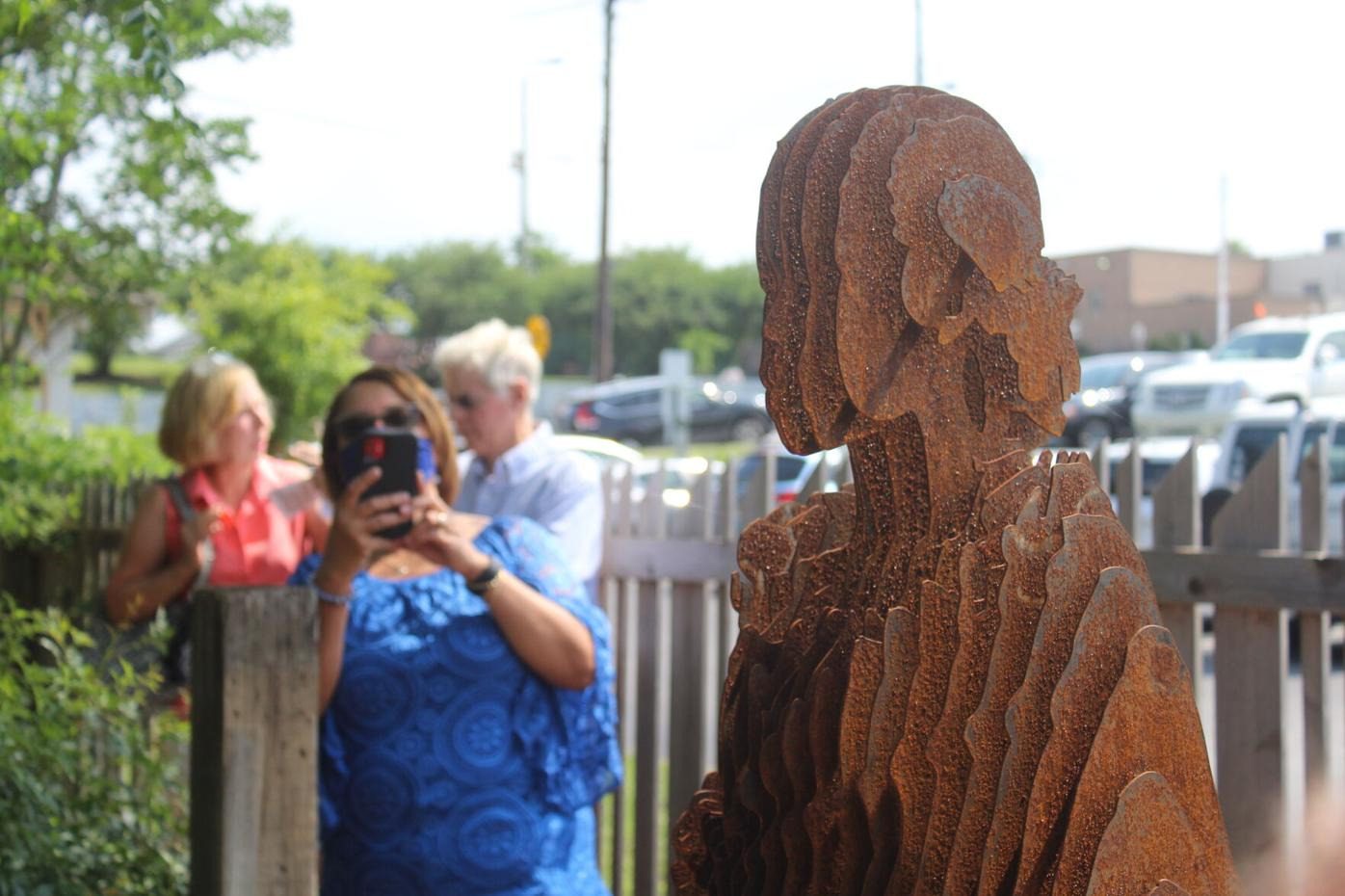 Root House Juneteenth 2021 - statue unveiling