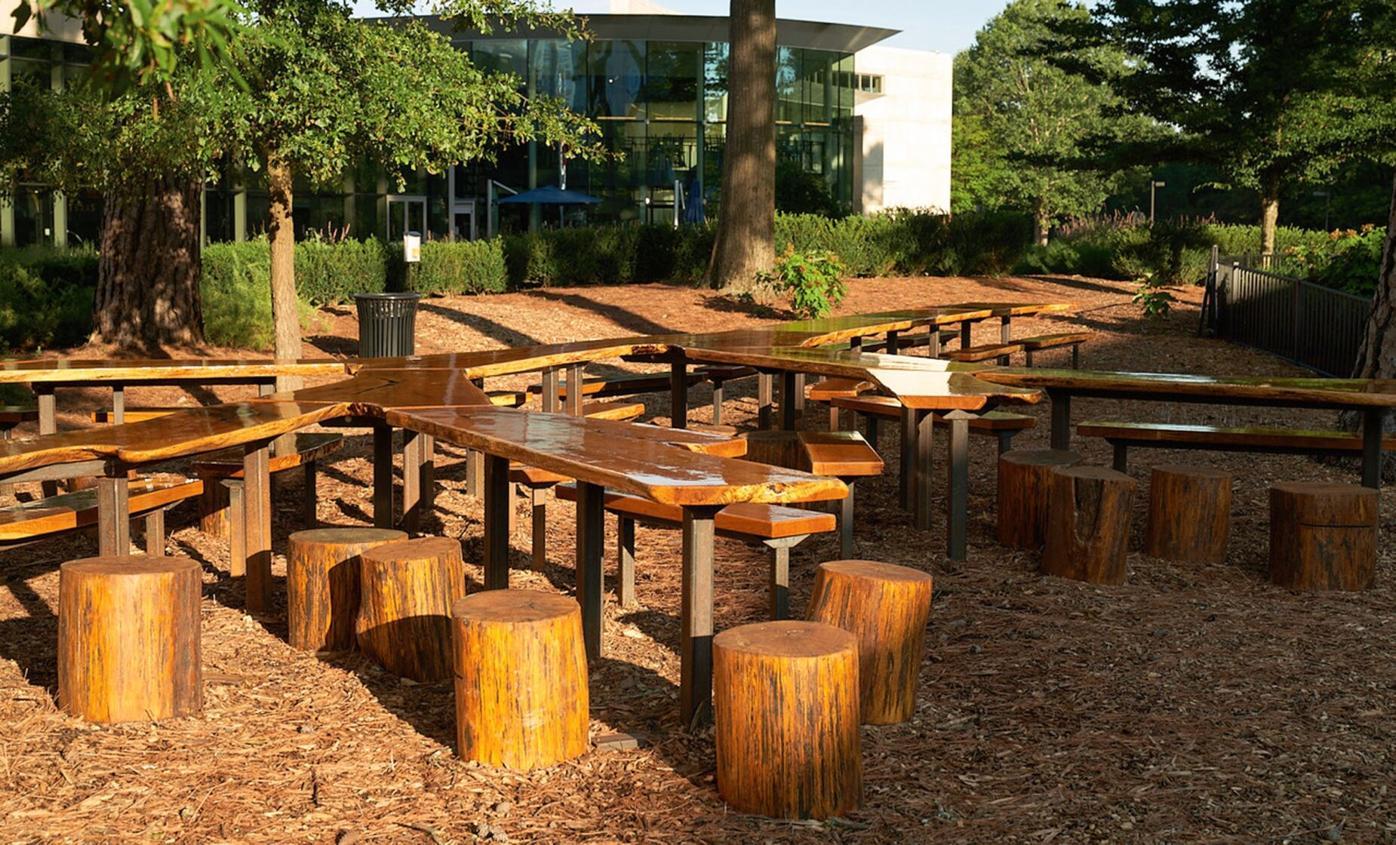 012021_MNS_tree_table_003 Atlanta History Center tree table