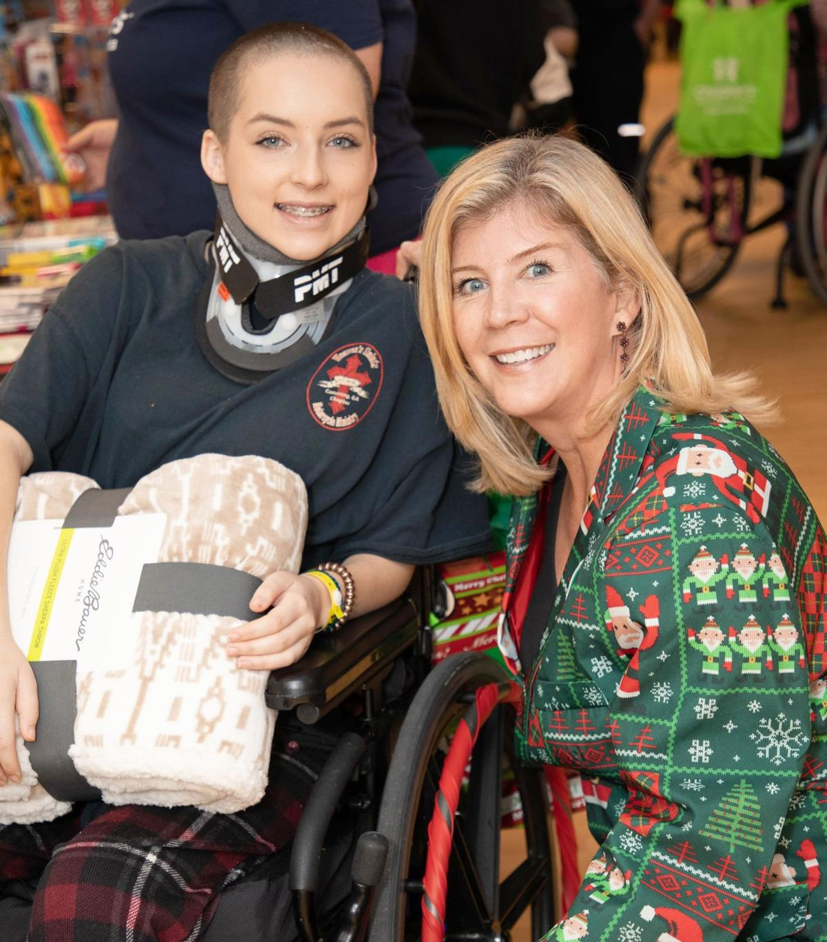 012220_MNS_full_Christmas_Bazaar_003 Nina Cheney with patient
