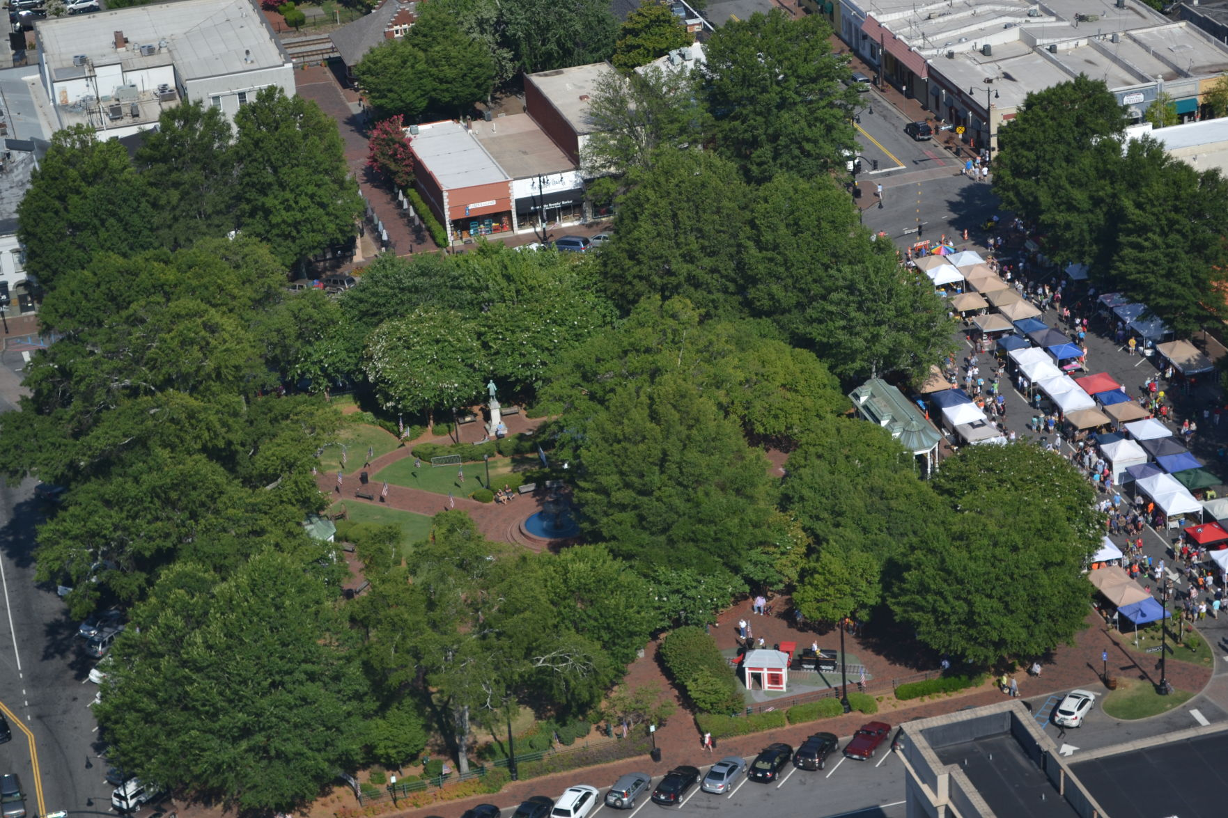 marietta square full for 5 let the valet park it news rh mdjonline com