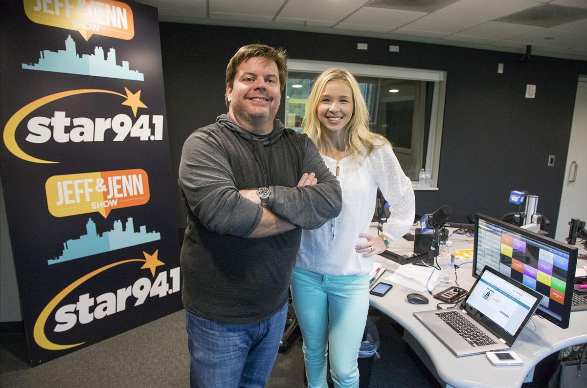 Star 94 1 hosts Jeff Dauler, Jenn Hobby grab local listeners