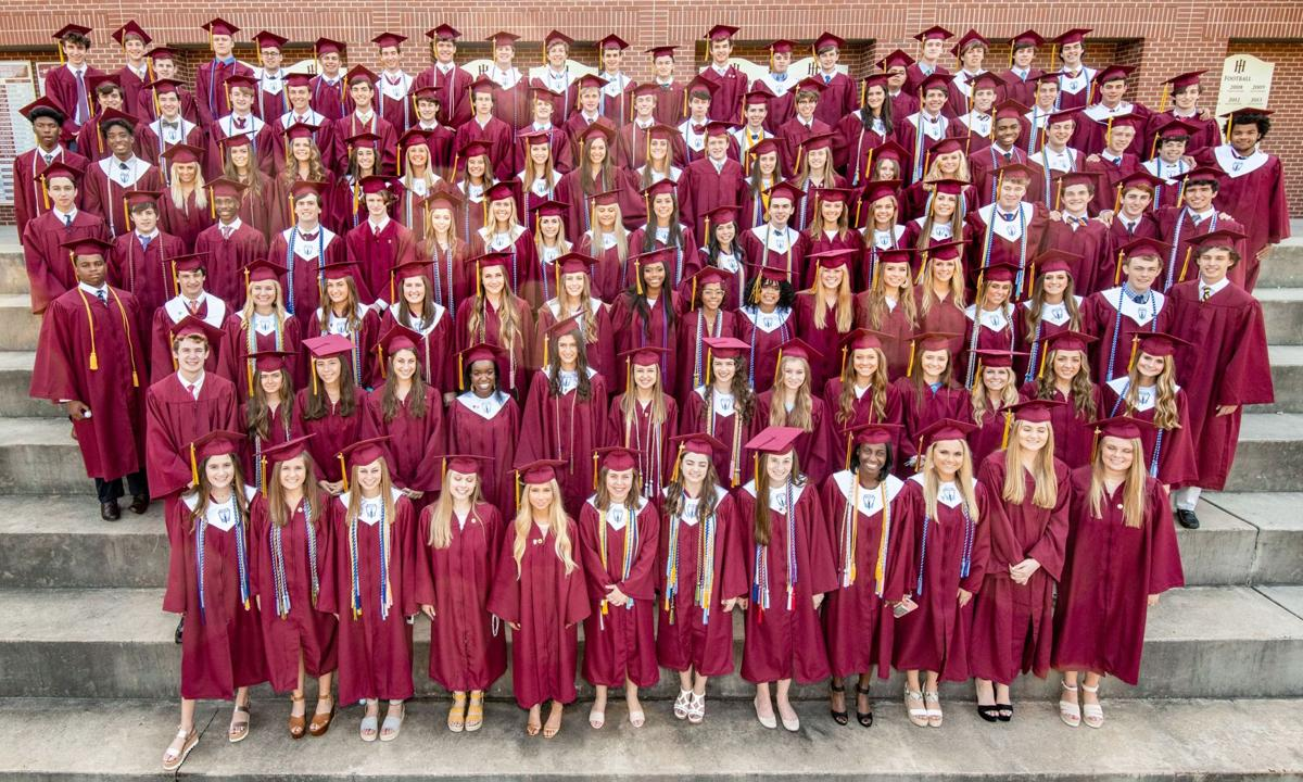 061919_MNS_full_HIES_grad_001 class of 2019 group