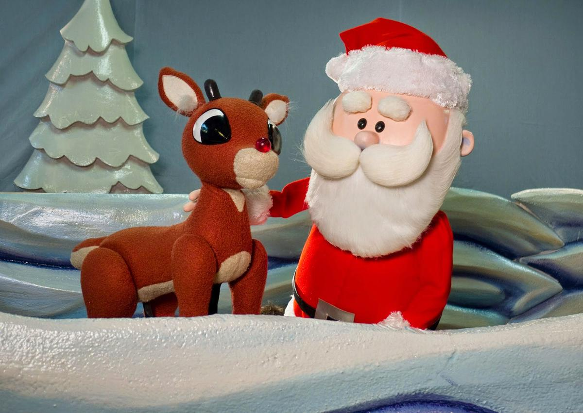 Rudolph puppetry 2 Rudolph Santa Claus