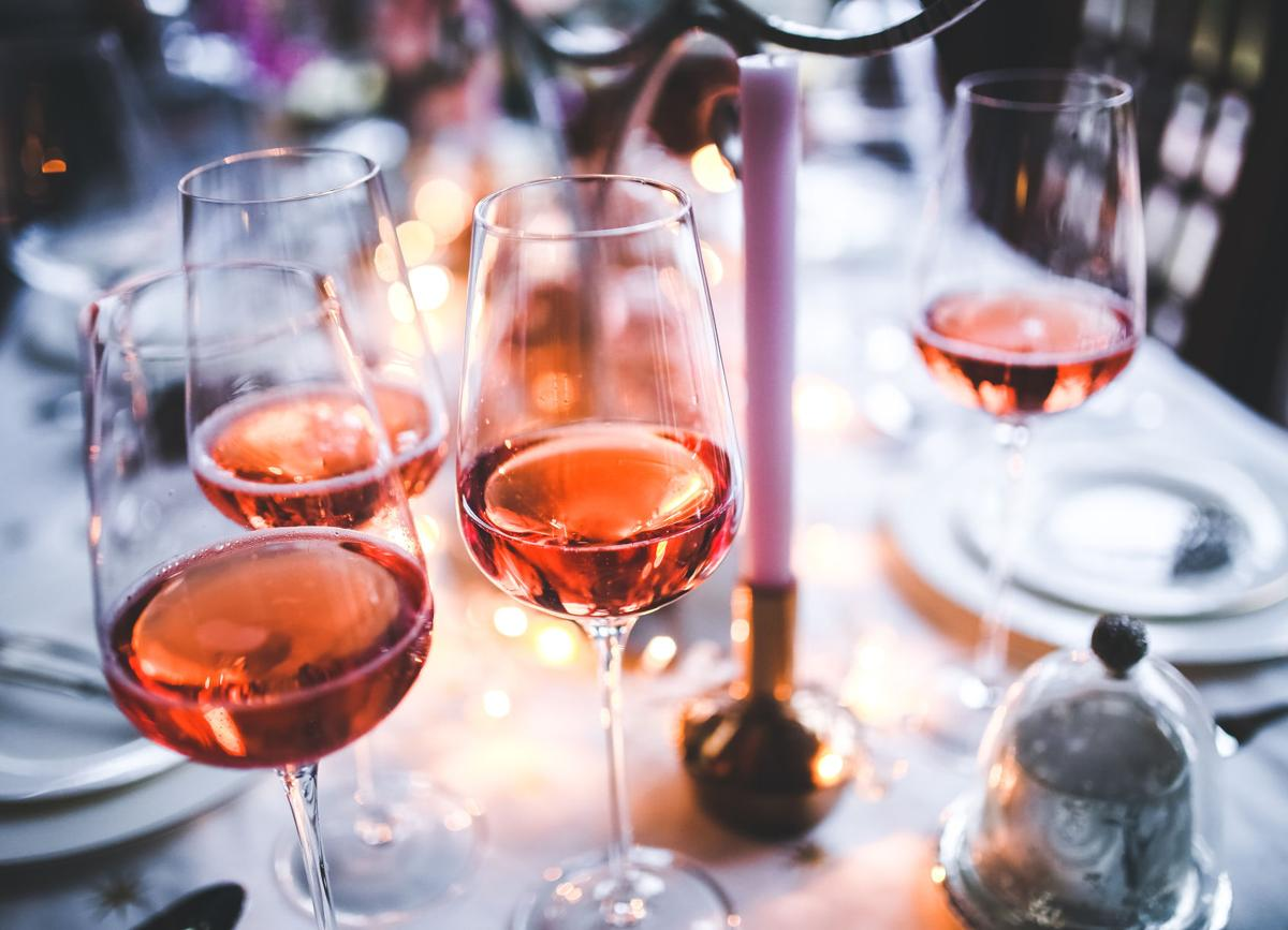 Lets Toast A Quick Guide Of Great Wine To Serve At Your Wedding