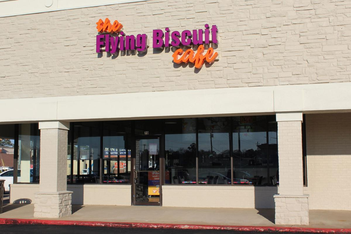 FlyingBiscuit_4083