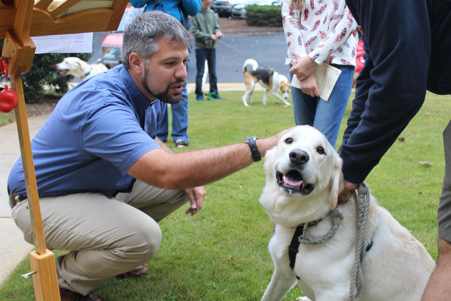 marietta church offers blessing of pets in honor of st francis of rh mdjonline com