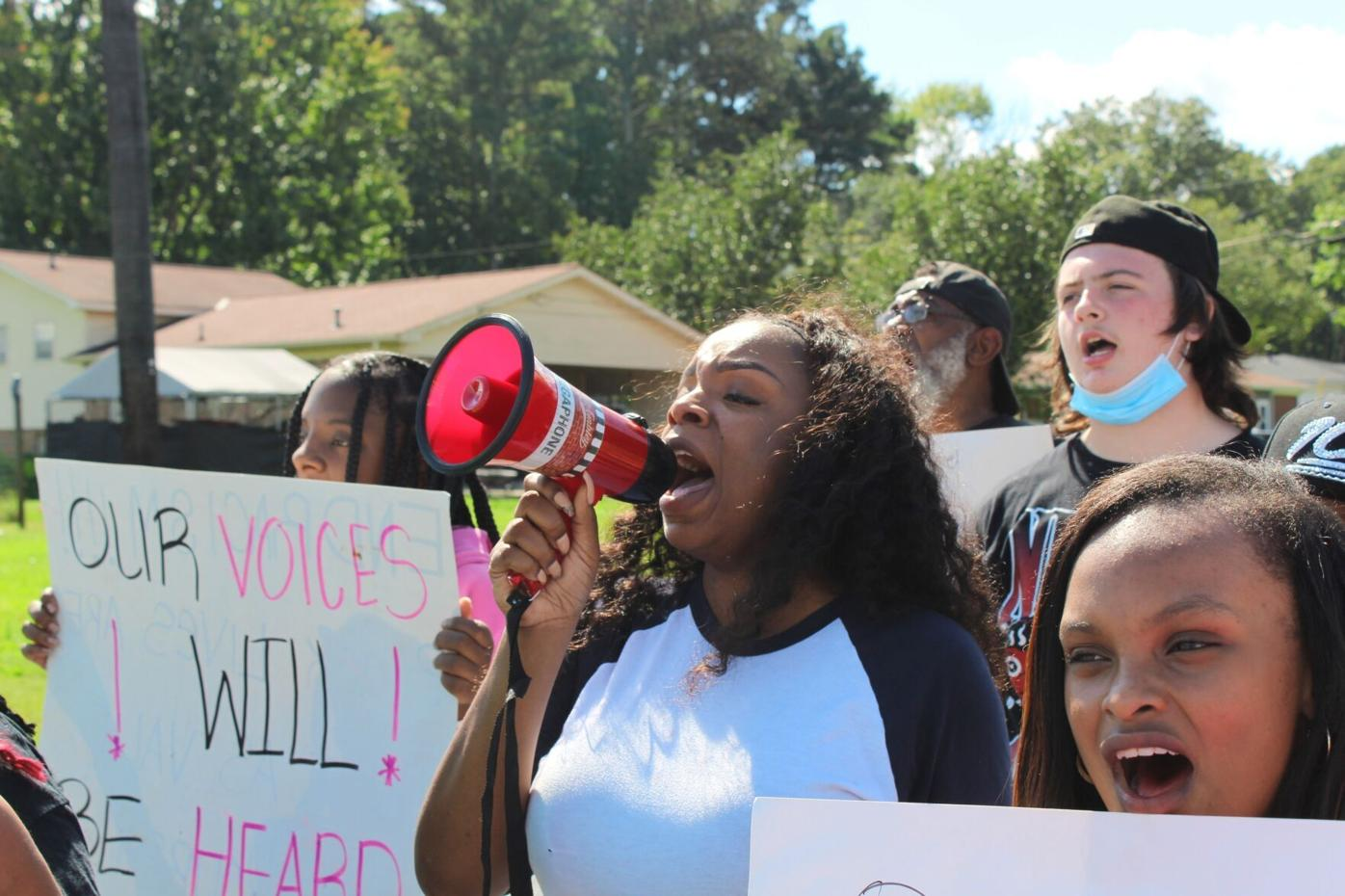 NAACP to meet with Coosa High School parents Saturday after complaints of Confederate flag, other activities