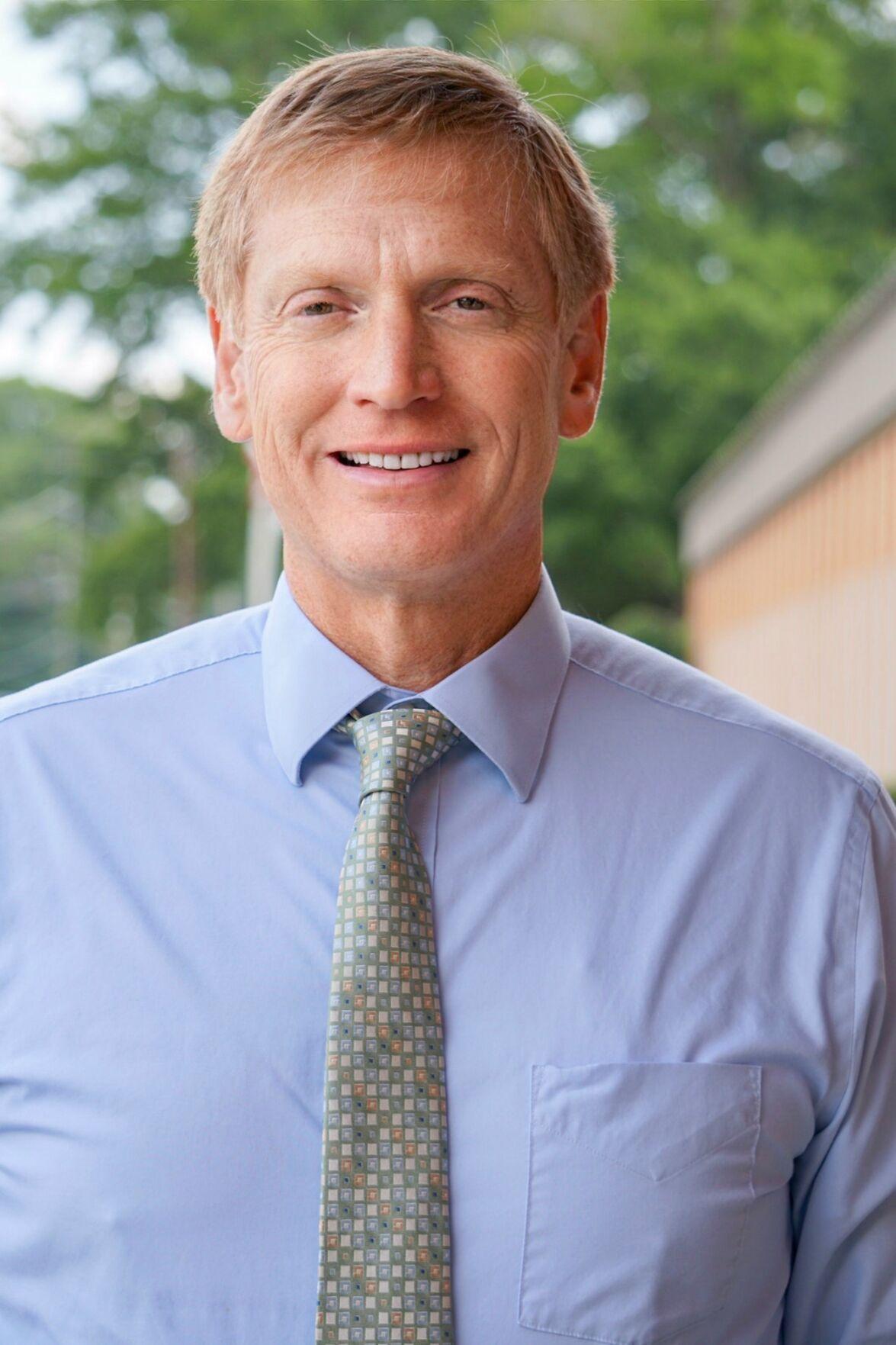 Glenn White, Floyd County Schools superintendent