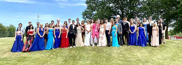 IHS prom - group