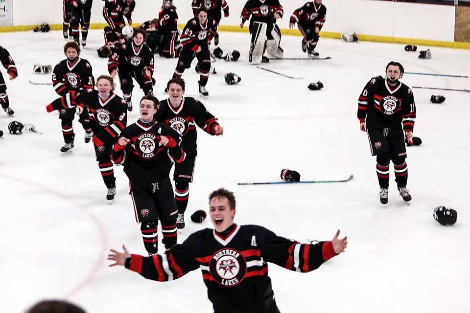Northern Lakes Lightning hockey team celebrate