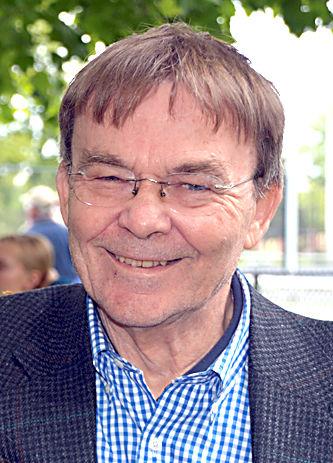 John (Bill) Hanlon