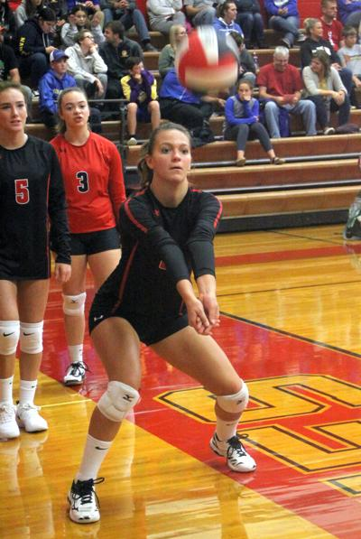 IHS Volleyball - Emily Miller