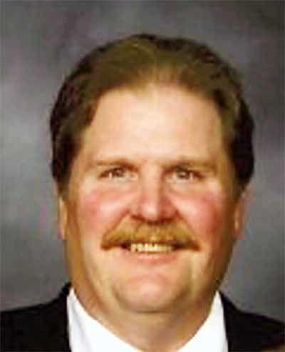 Wayne R. Simpson - Obituary