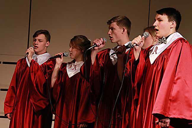 Choir Concerts 08.jpg