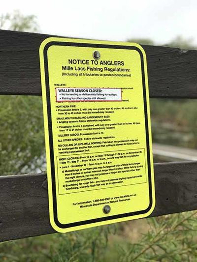 Walleye regulations sign