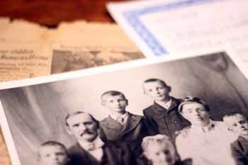 Family records and photos belonging to Lea Ranum