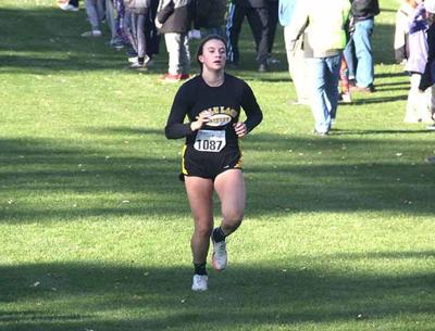 Raiders Cross Country - Molly Saboo