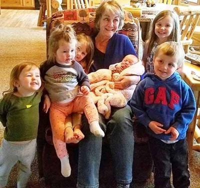 Mary Wasche and grandchildren