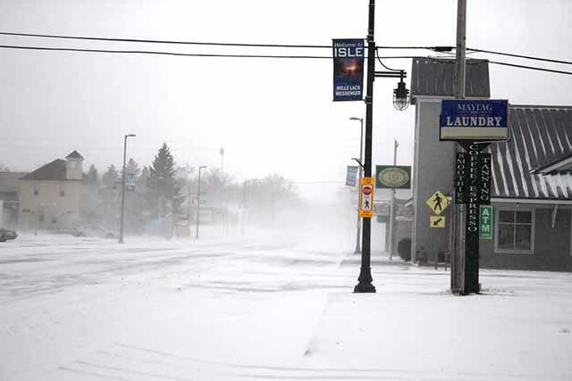 April snowstorm - Isle Main Street