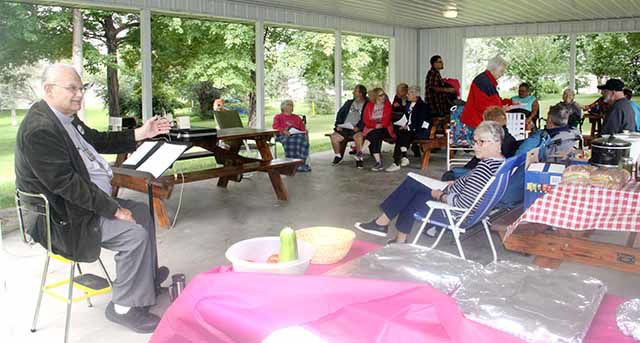 Onamia Methodists meet for service outdoors