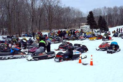 Vintage sleds from a previous Sno-Flyers Vintage Run.