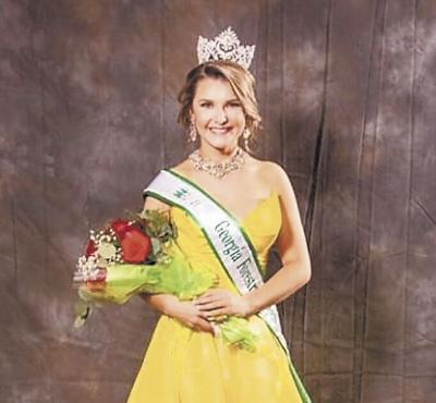 Abigail Zerwig crowned Miss GA Forestry Queen