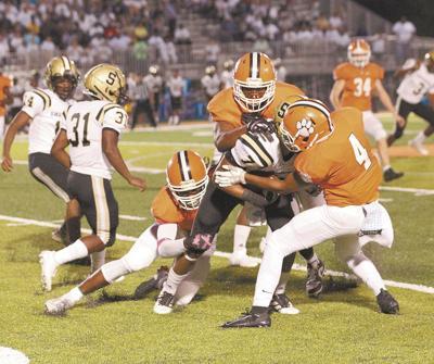 Swainsboro wins battle of Tigers, 14-7