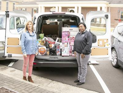 Community donates to Toys for Tots