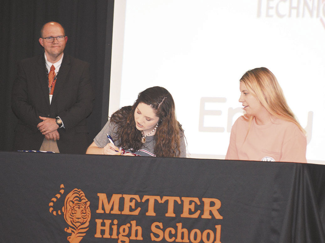 letter of engagement signing day at mhs news metteradvertiser 8128