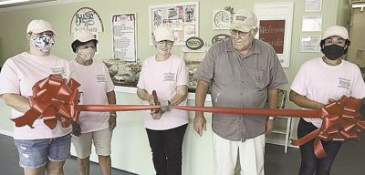 Sarah's Sweets holds ribbon cutting