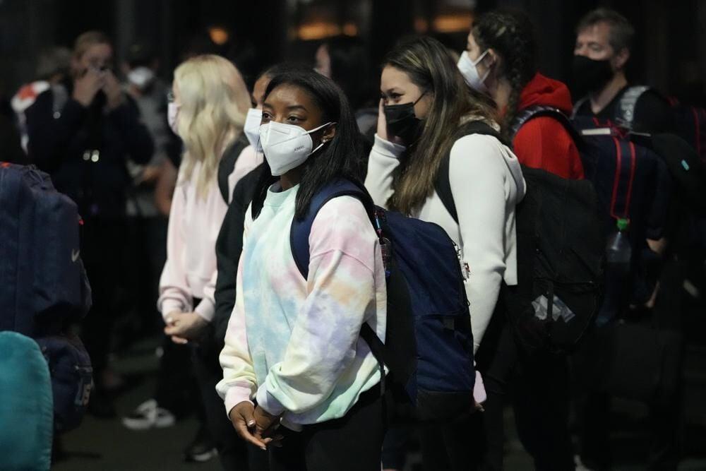 biles arrives 2020 olympics