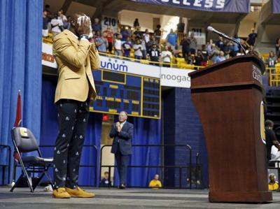 Former wide receiver Terrell Owens pauses behind the podium after he  delivered his NFL Pro Football Hall of Fame speech on Saturday d5bef53bd