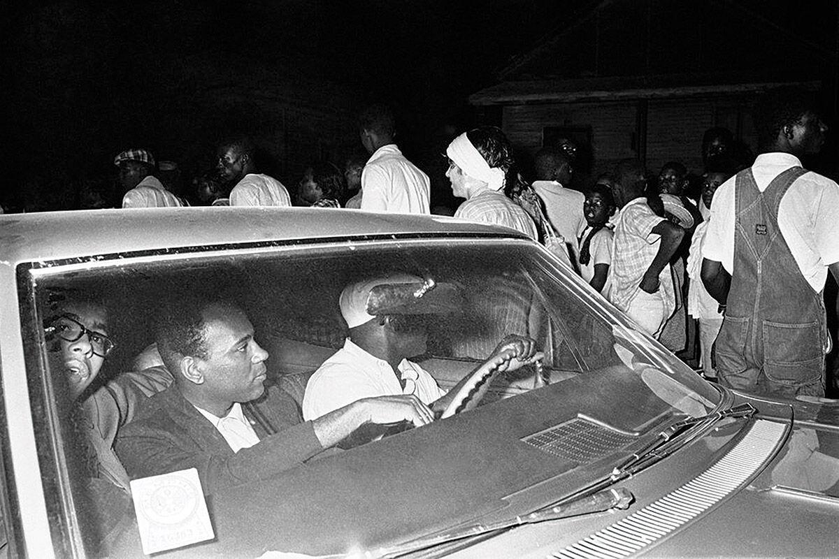 """""""Driving While Black: African American Travel and the Road to Civil Rights"""""""