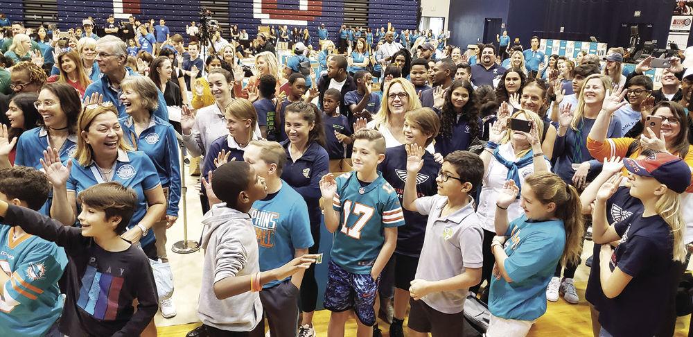 Children at NFL education event