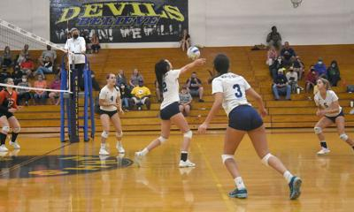 Winter Haven-Lake Wales volleyball