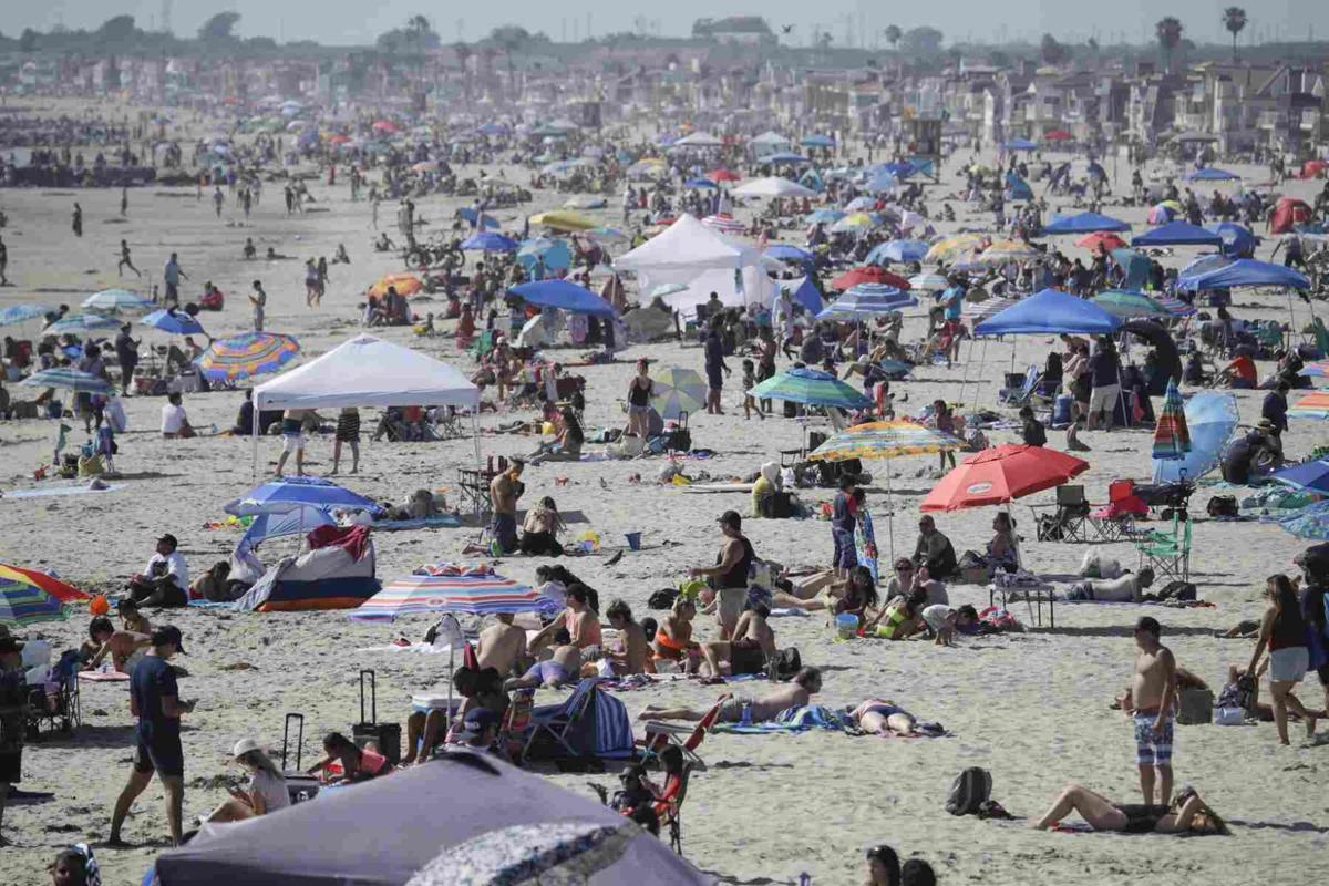 Virus Outbreak-Summer Beach Tips