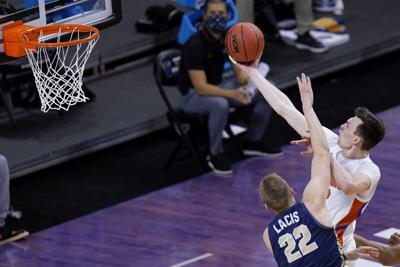 NCAA Oral Roberts Florida Basketball