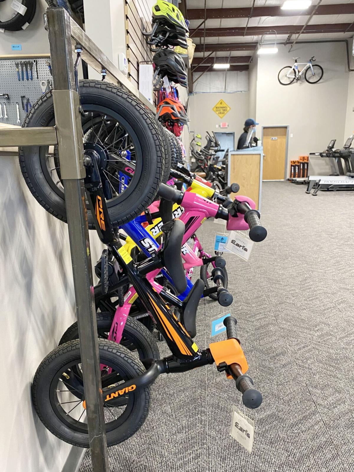 Push bikes - Earl's Cyclery