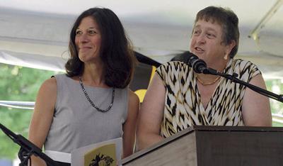 School trustees name superintendent finalist, offer contract
