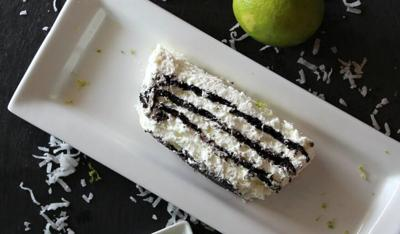 Lime in the coconut icebox cake