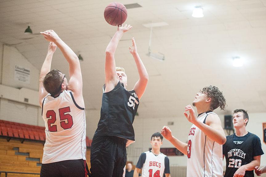 6-21 Easton Davis goes up strong.jpg