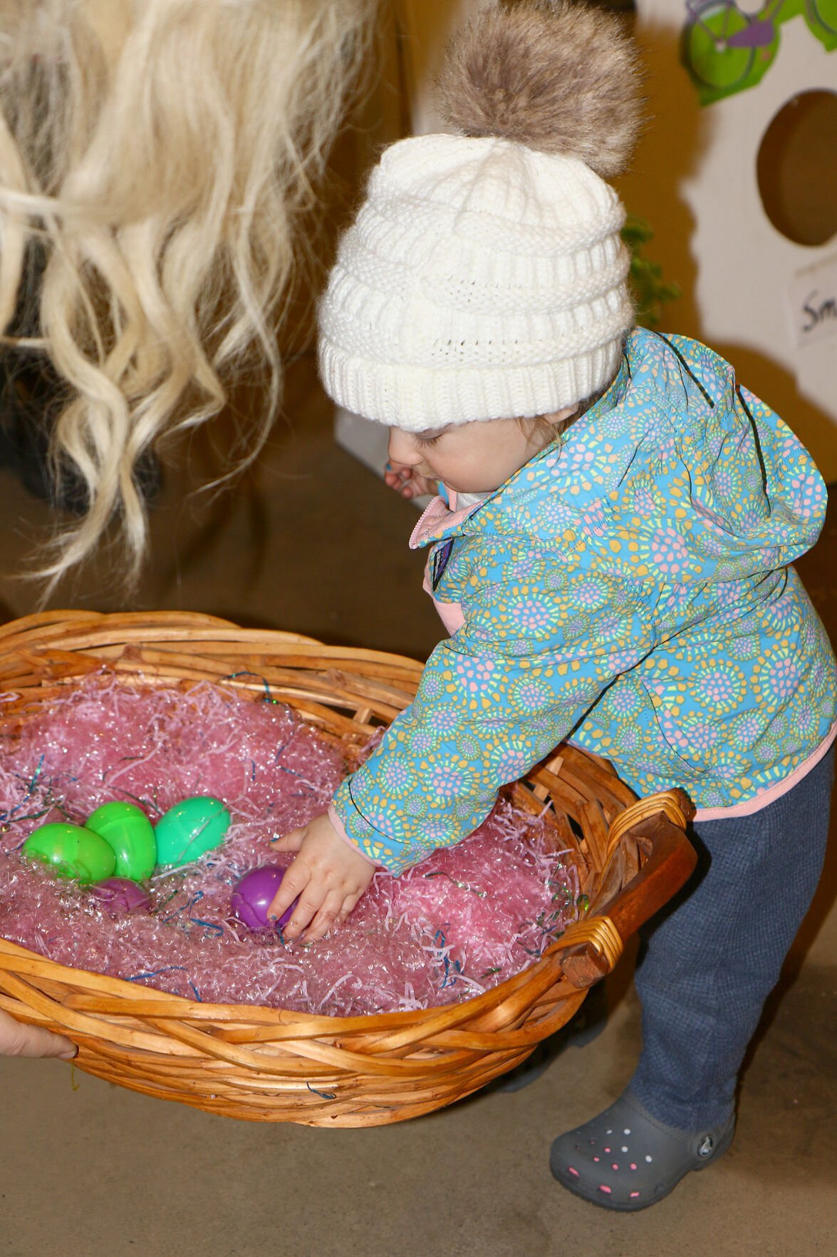 Easter Bunny comes to town, Willow River