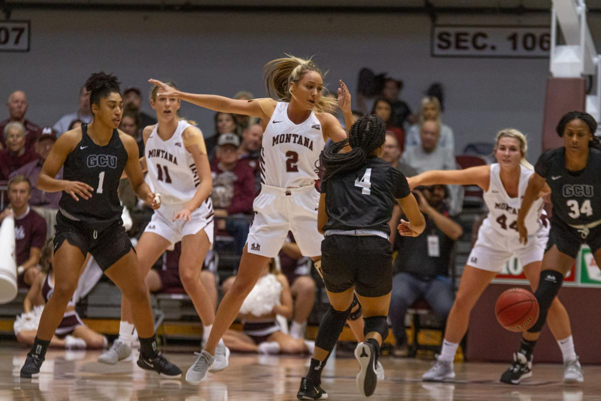 Women S Basketball Beats Top Ranked Grand Canyon University