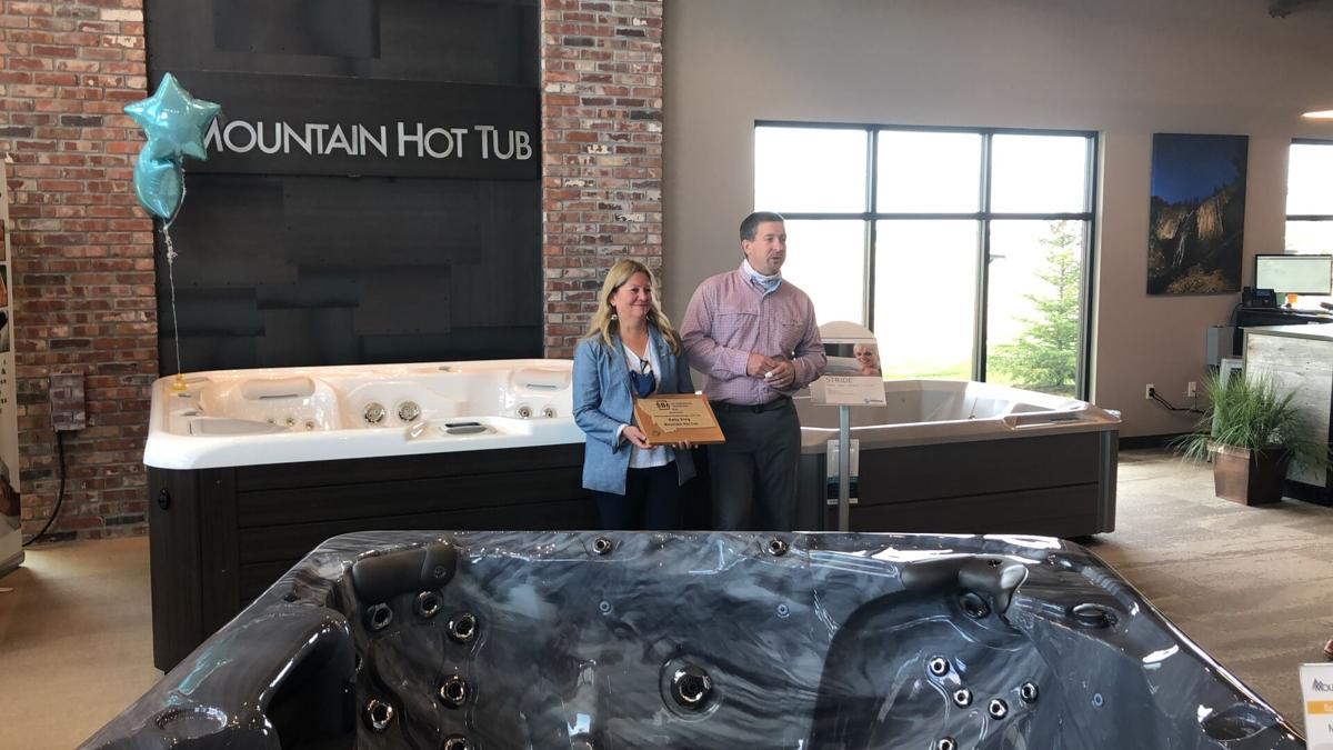 Mountain Hot Tub receives SBA 2019 Veteran Owned Small Business of the Year