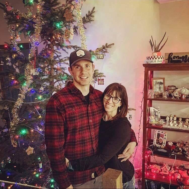 Jen and Tyler Weir
