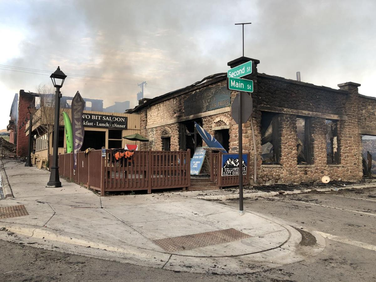 Gardiner community comes together helping those impacted by fire