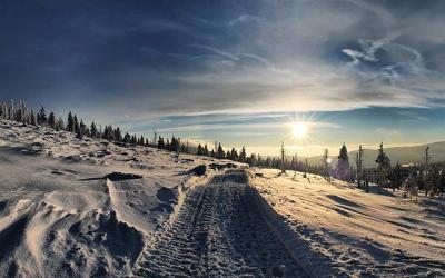 Crews rescue snowmobiler with back pain near West Yellowstone