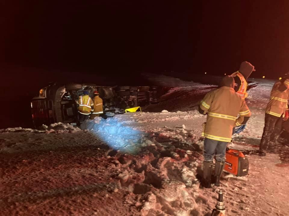 One hurt after semi rollover in Meagher County