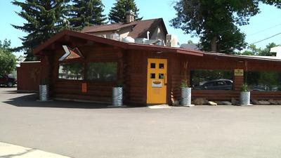 Montana Treasure: Roadhouse Diner's Creative Burgers in Great Falls