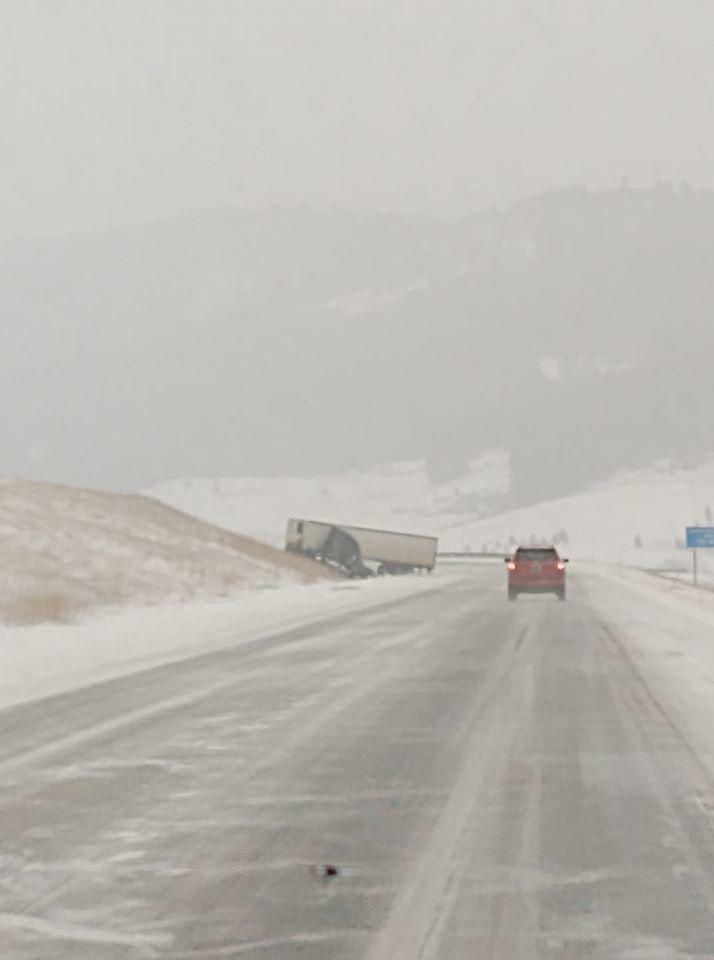 Bozeman Hill semi accident